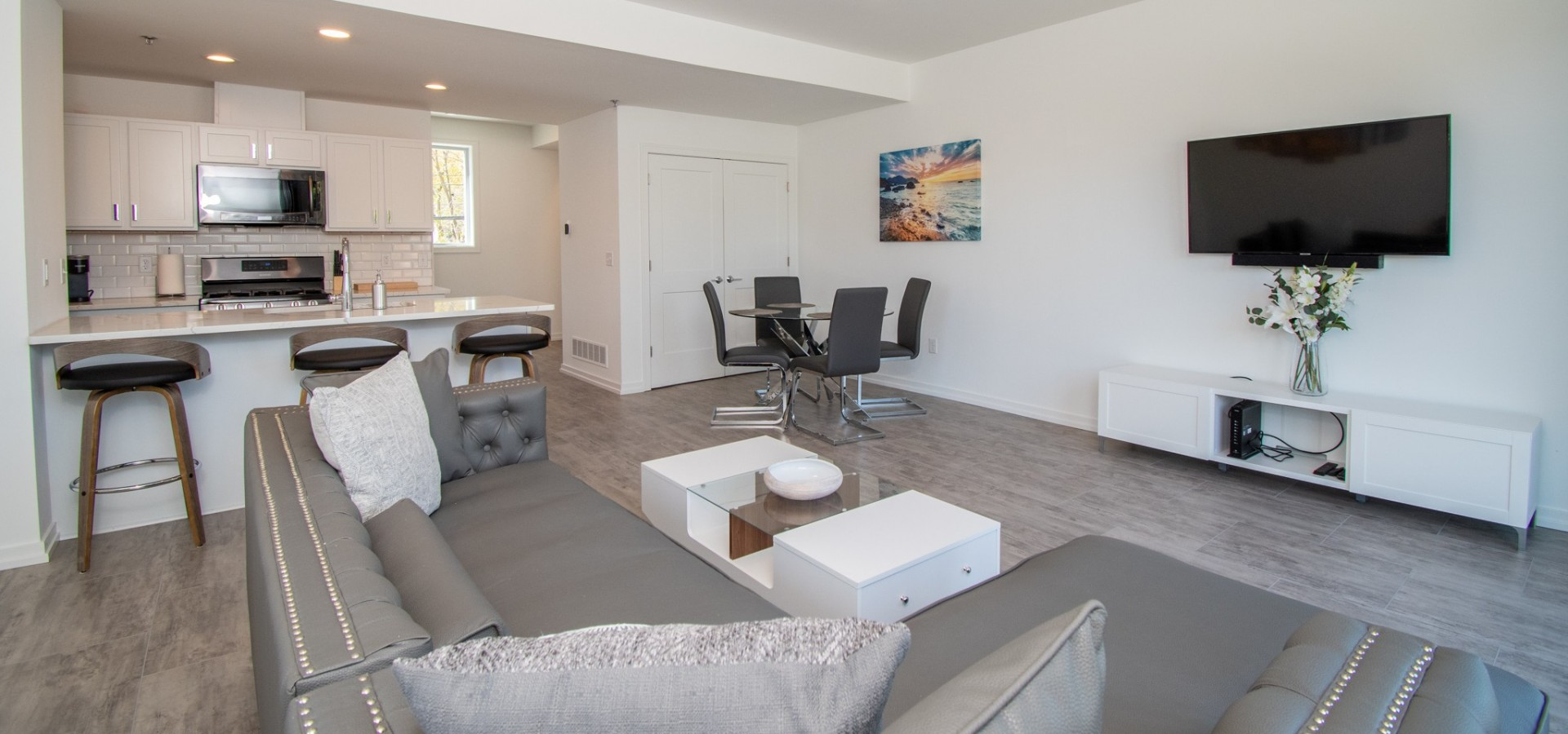 Fully Furnished Units with Flexible Lease Terms.